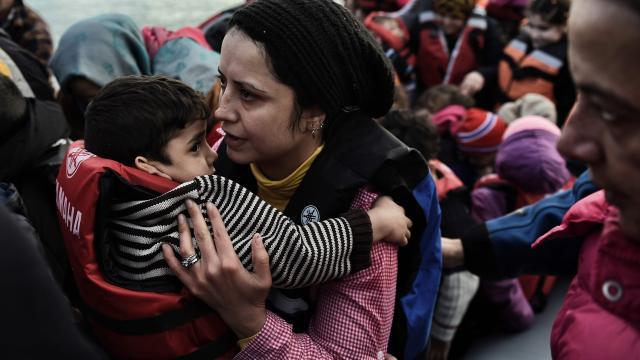 Column: De vrouwen en kinderen komen eraan!